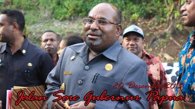 Gubernur jalan sore Depan Dok II