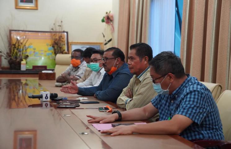 Hasil Tes swab Gubernur Papua Dipastikan Negatif Corona