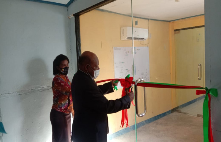 The Inauguration of Server Room and The Usage of Fiber Optic Network Interconnection of Boven Digoel Regency