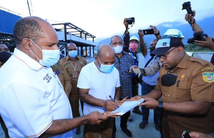 Disorda Papua : Venue Rugby Rampung Dalam 15 Hari Kedepan