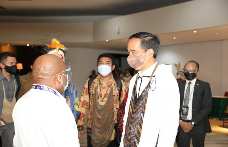 Governor Enembe Proud of President Jokowi Attends National Sports Week Opening Ceremony